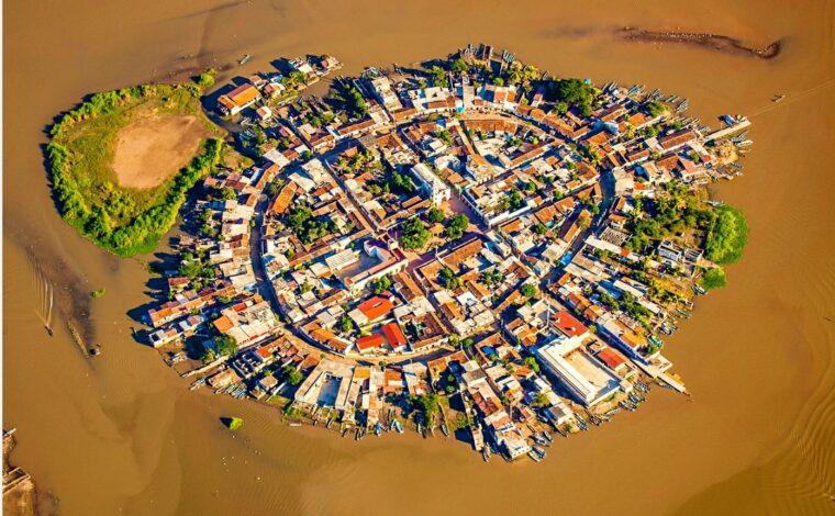 Mexicaltitan de Uribe island in Santiago Ixcuintla, Mexico
