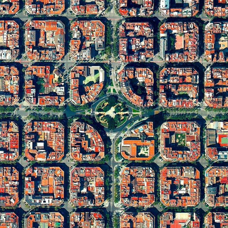 Barcelona, Spain. Created by @benjaminrgrant, source imagery: @digitalglobe